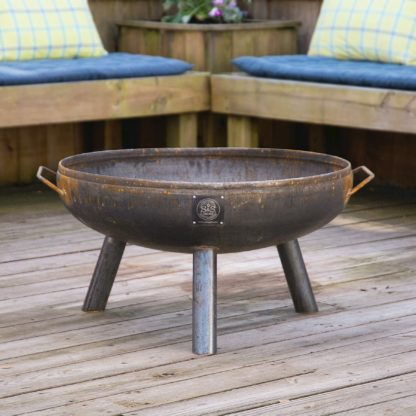 30-Elliptical-Fire-Pit-on-3-Legs